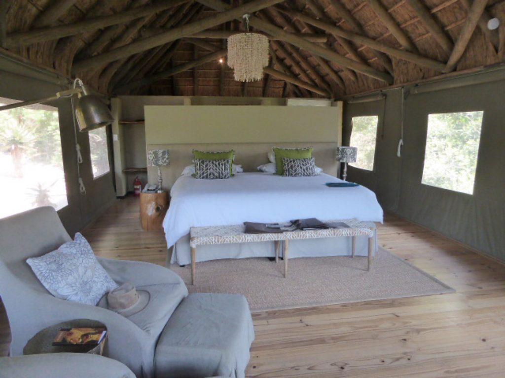 Bayethe Lodge Shamwari Game Reserve - Inside the Tent