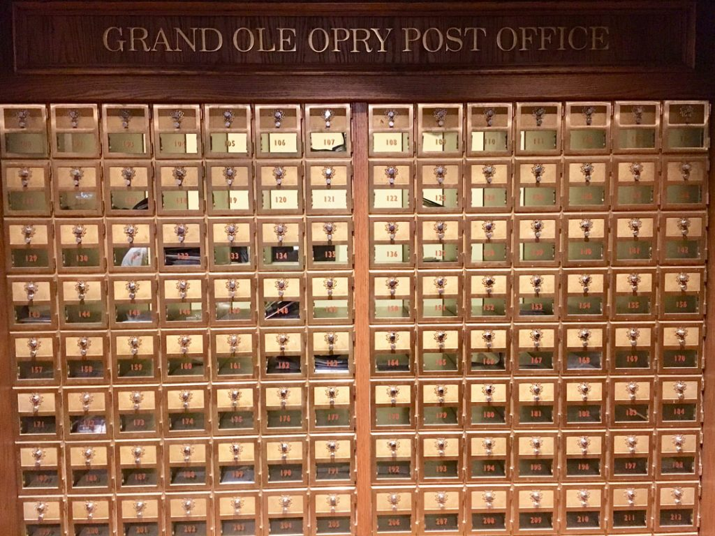 Love can Build a Bridge Deep South USA The Grand Ole Opry Postbox