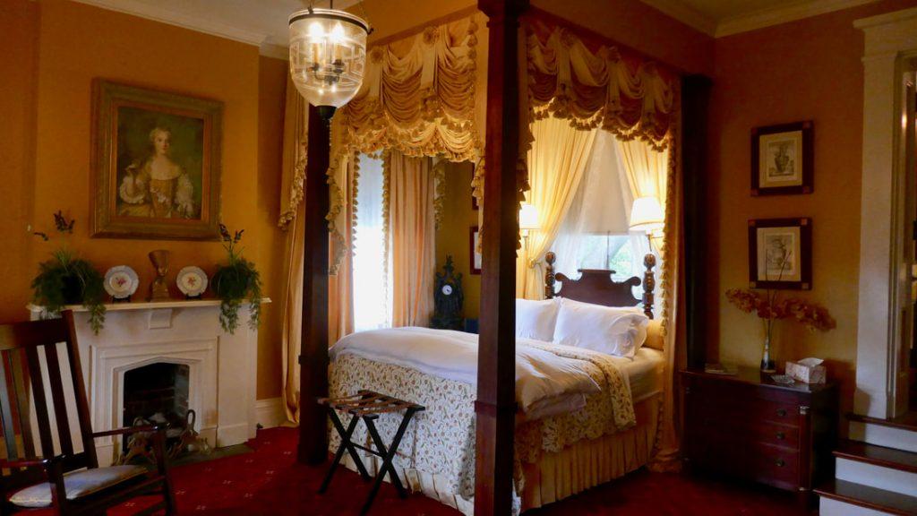 Anchuca Historic Mansion and Inn Vicksburg Bedroom