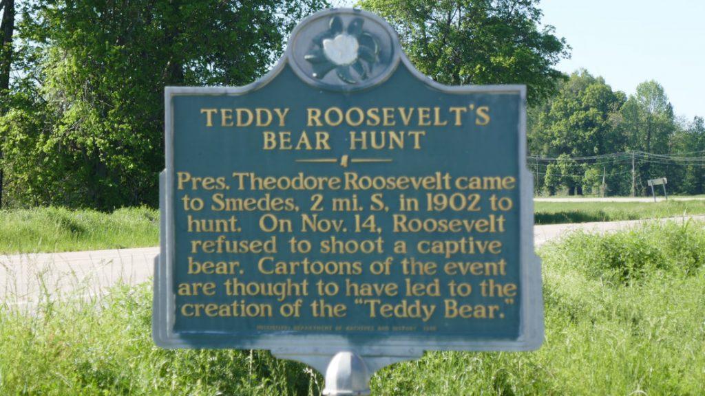 First Teddy Bear - Deep South USA Teddy Roosevelt's Bear Hunt
