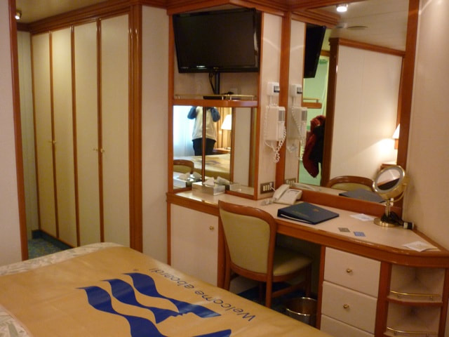 Sapphire Princess Cabin Dressing Room