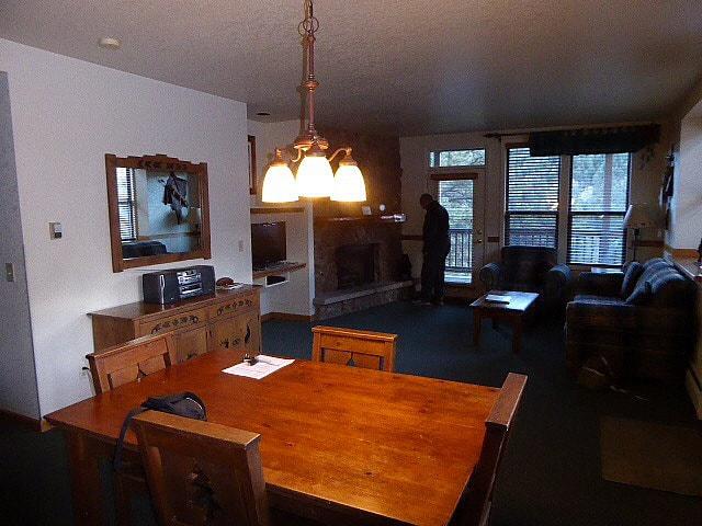 Wildwood Inn RMNP Kitchen
