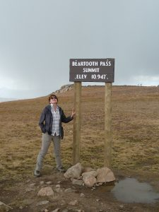 Read more about the article Beartooth Highway – Jaw Dropping!