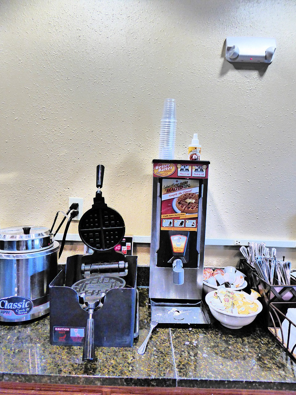 Country Inn and Suites by Carlson Billings Waffle Maker
