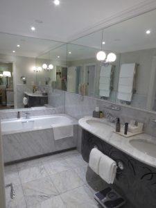 Cape Grace Hotel bathroom