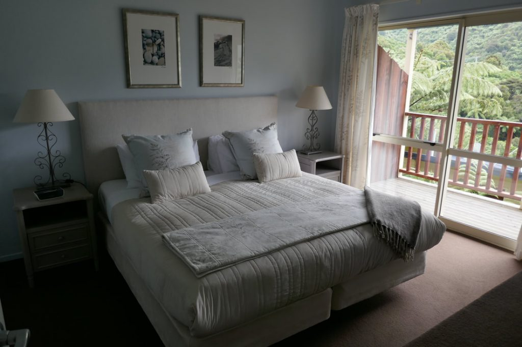 Punga Cove Resort bedroom