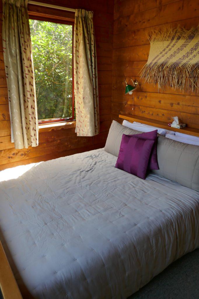 Ocean View Chalets Marahau Bedroom