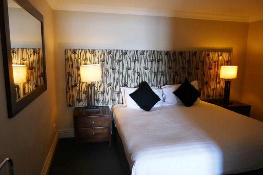 Peppers Beacon Queenstown Bedroom