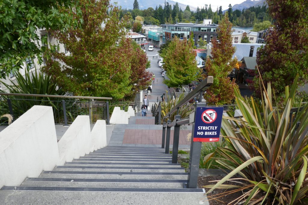 To bungy or not to bungy Queenstown