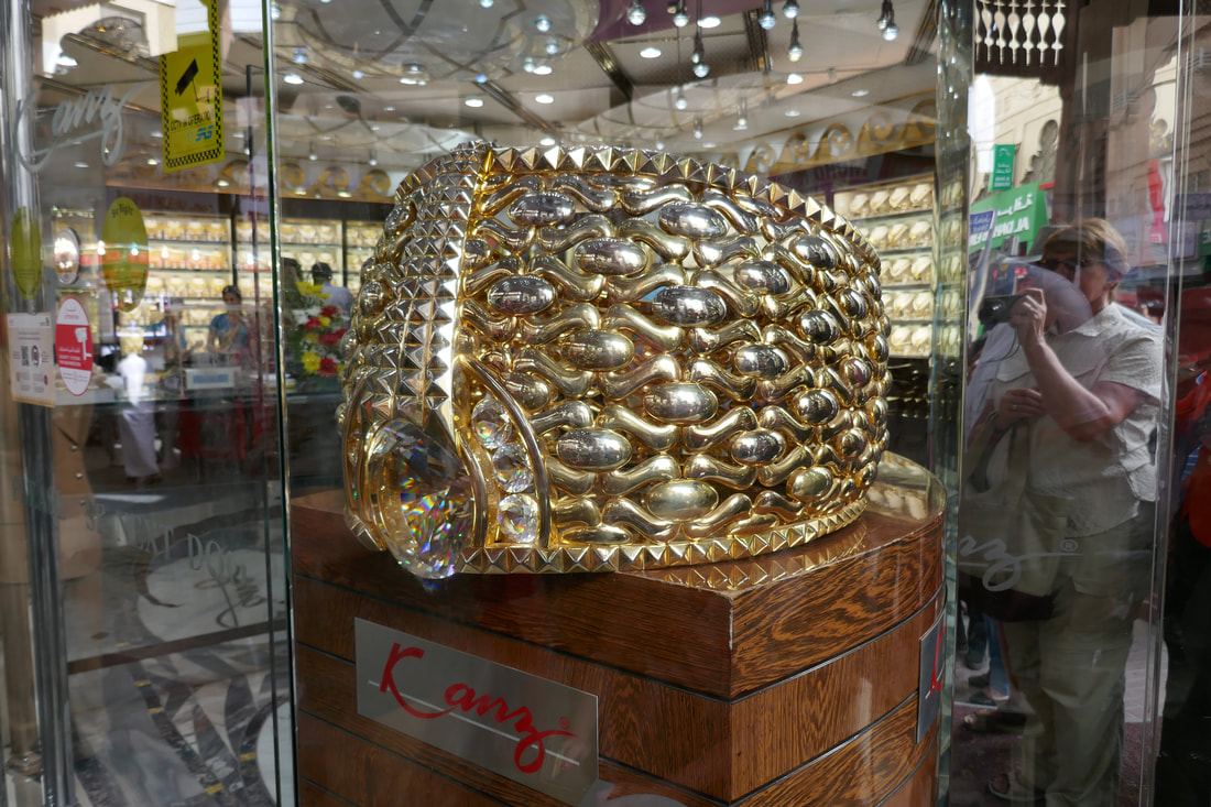 Do Buy Dubai - The world's largest gold ring