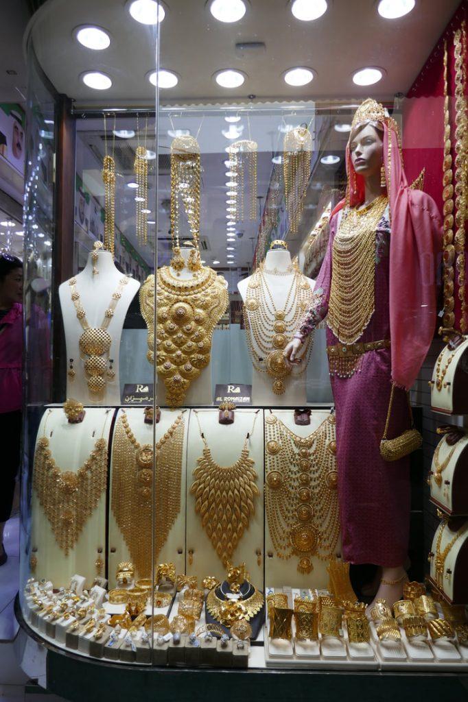 Do Buy Dubai gold souk