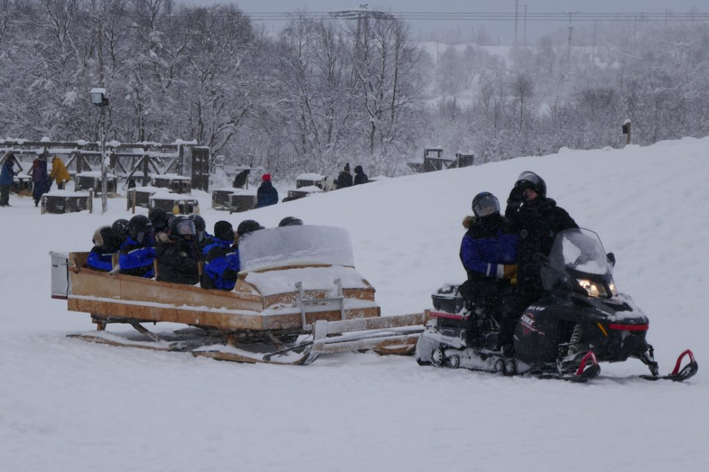 Snow Hotel Kirkenes Luggage Transfer