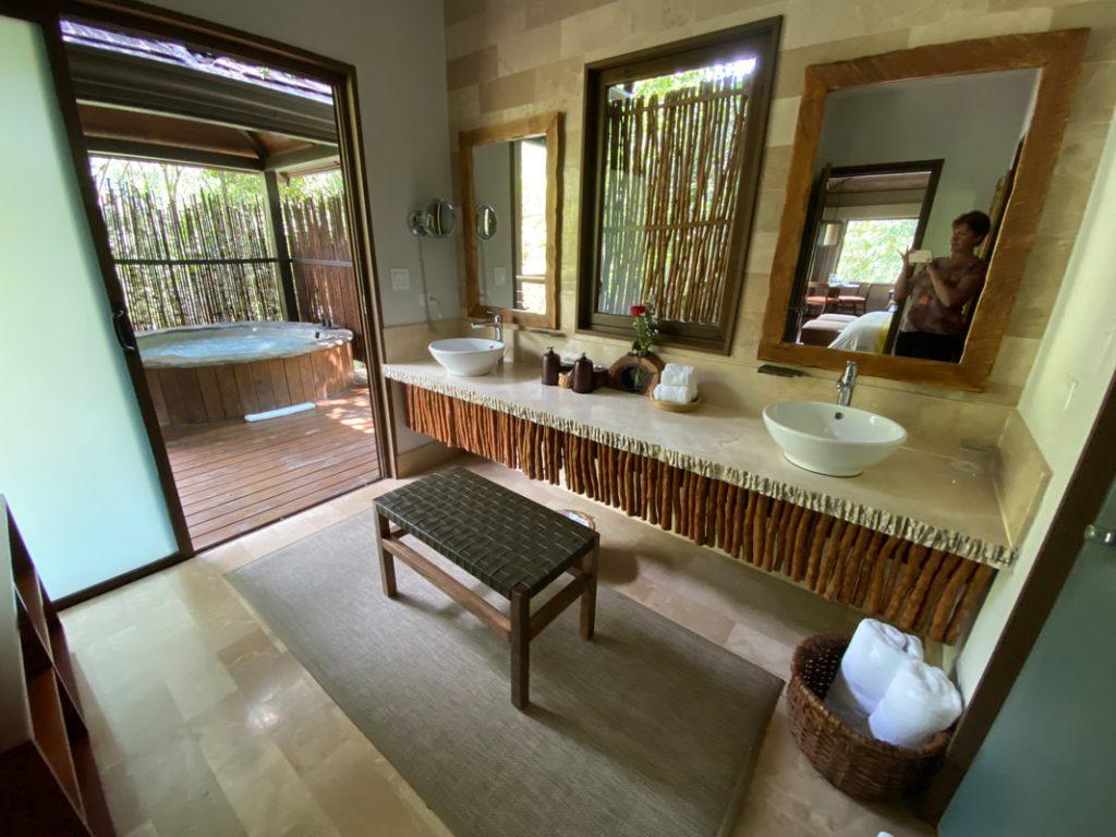 El Silencio Lodge Bajos del Toro Costa Rica Bathroom