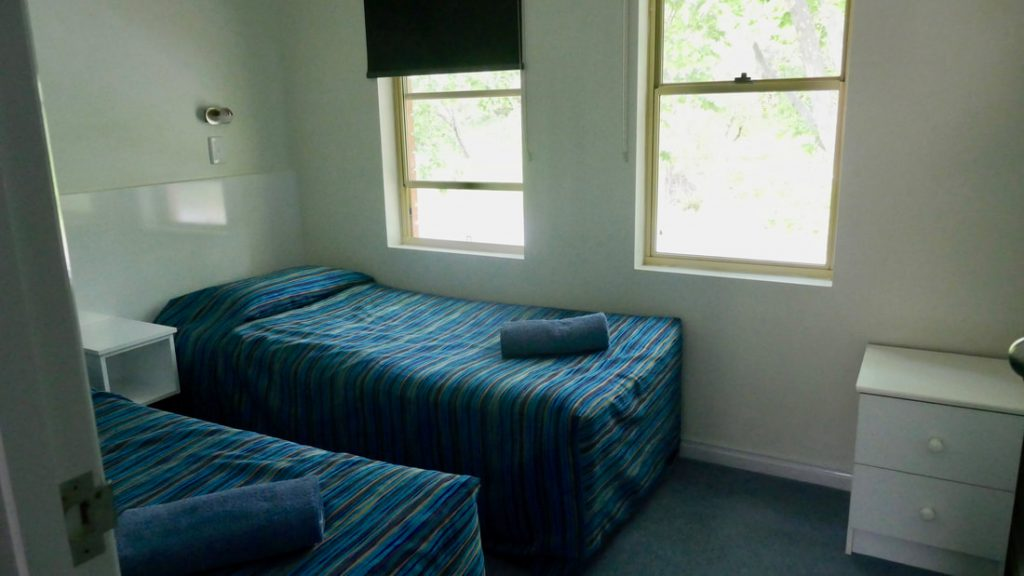 Dolphin Lodge Albany Bedroom