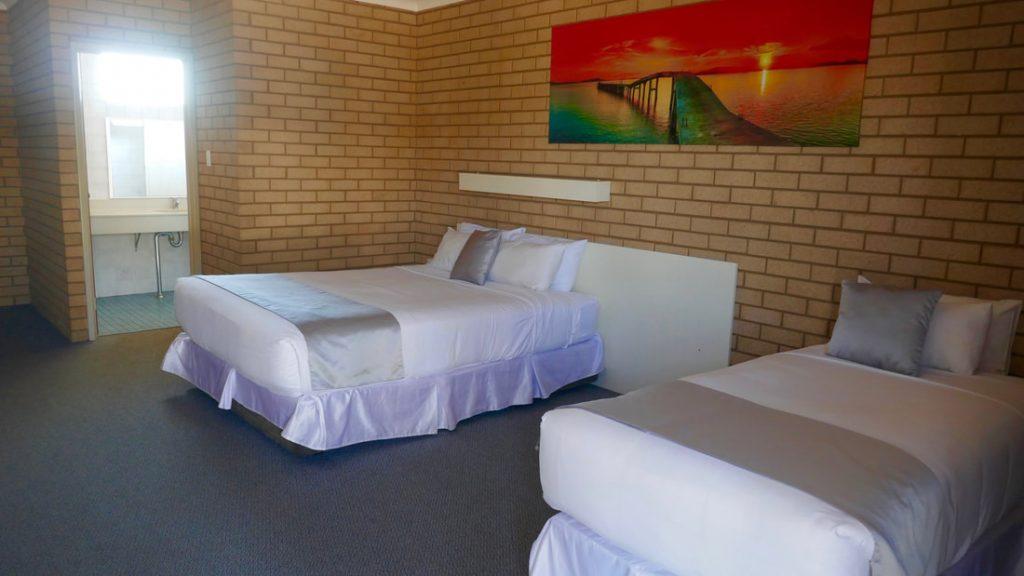 Carnarvon Motel WA Bedroom
