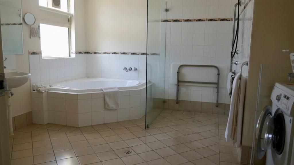 Kalbarri Edge Resort WA Bathroom