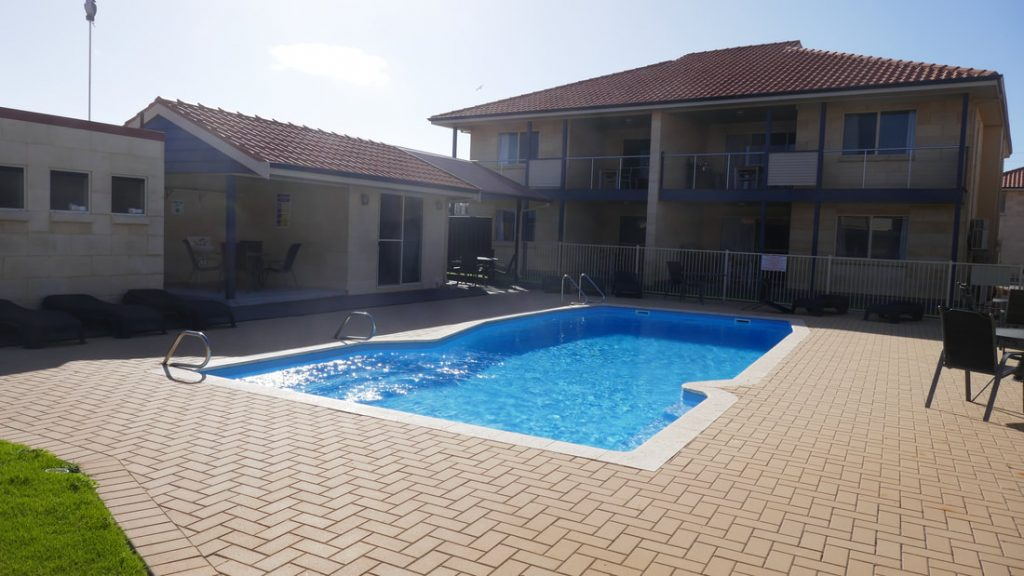 Pinnacles Edge Resort WA Pool
