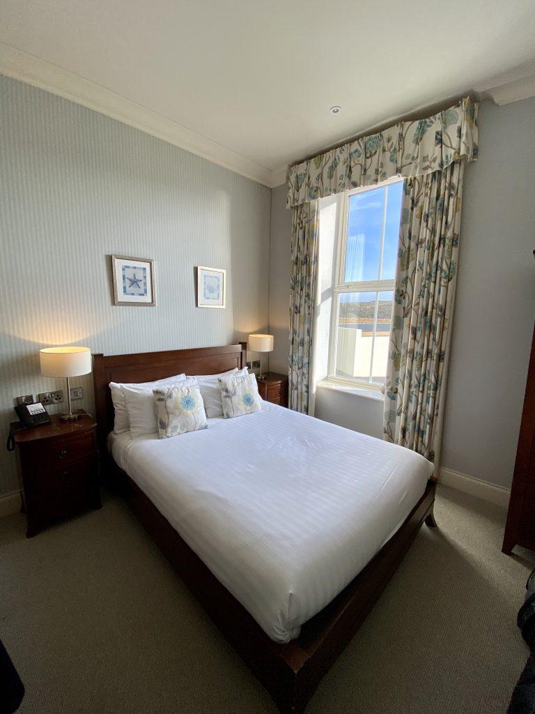 Mullion Cove Hotel - Bedroom