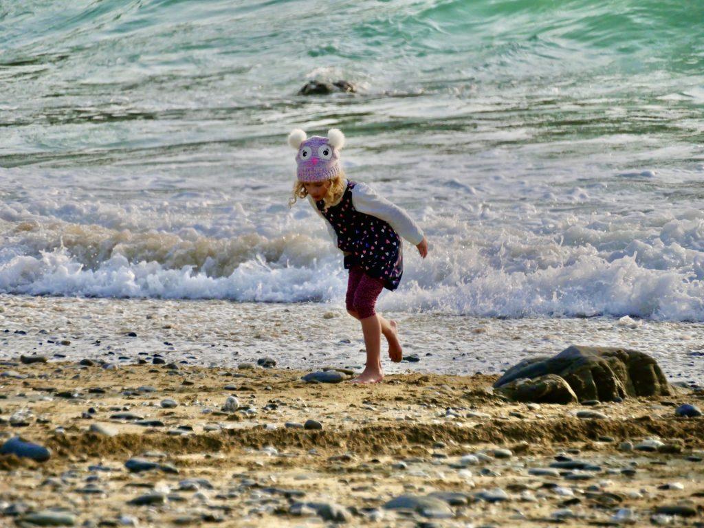Mullion Cove - Cornish Beach life